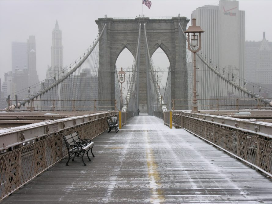 Brooklyn_Bridge_March_Snow